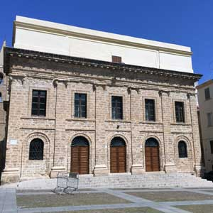Surroundings: Alghero, Civic Theatre - Photo: NetFabric Web Solutions